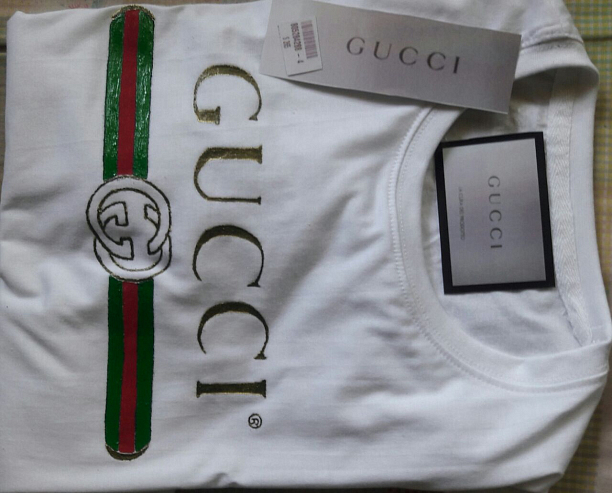Photo 2 - Gucci T shirt