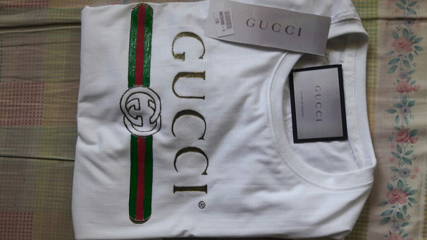 Photo 3 - Gucci T shirt